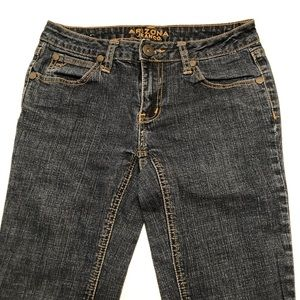 Junior's Boot Cut Arizona Jeans Co. Size 3